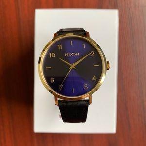 Nixon Arrow Leather Gold/Blue Sunray Watch 38mm